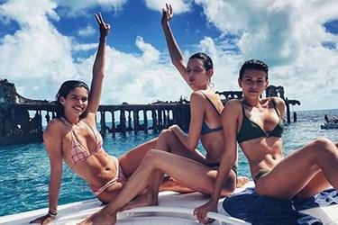 Ünlü modellerin Bahamalar kaçamağı!