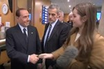 Berlusconi'den kadın BBC muhabirine:
