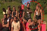 Hürriyet yazarının Nihat Doğan isyanı: Survivor'da şortlu kızlarla nasıl yarışıyor?