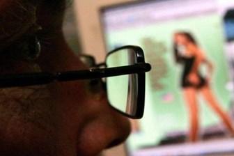 Cinsel içerikli sitelere pasaportla giriş dönemi başlıyor!
