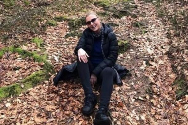 Berna Laçin ve arkadaşının zor anları! Ormanda kayboldular!