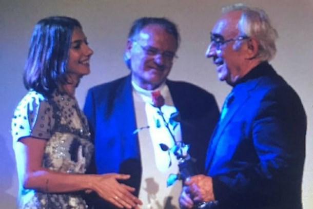Şener Şen'e Almanya'da 'En İyi Erkek Oyuncu' ödülü!