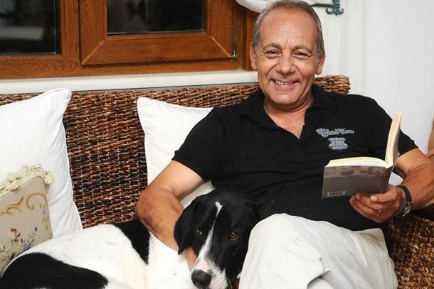 Bekir Coşkun'un köpeği de kanser oldu!
