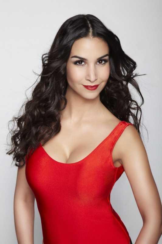 Playboy'a kapak olan ilk Türk kızının çıplak fotoğrafları çalındı