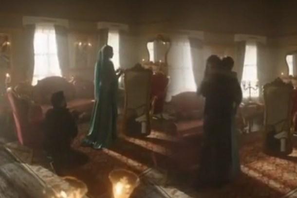 Alişan, Buse Varol'a sette evlilik teklif etti!