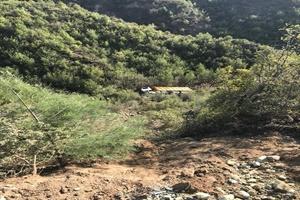 GÜNCELLEME - Uçuruma yuvarlanan kamyonun sürücüsü yaşamını yitirdi
