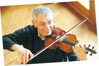 Usta müzisyen, mezarı başında anıldı! (Medyaradar/Özel)