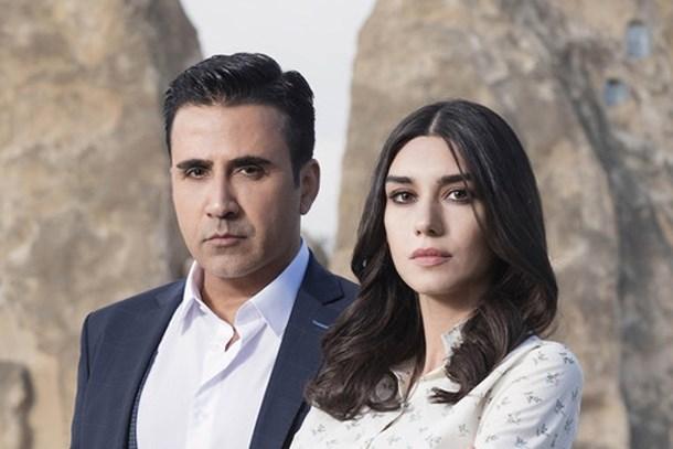 Burcu Kıratlı'dan 'Aşk ve Mavi' açıklaması! Final mi yapıyor?
