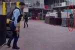 Arka Sokaklar'da güldüren hata! Mesut Komiser ve kameraman baskında! (Medyaradar/Özel)