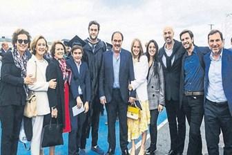 Erdoğan Demirören üniversiteden mezun oldu