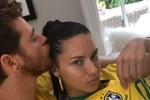 Adriana Lima ve Metin Hara'dan Brezilya formalı paylaşım!