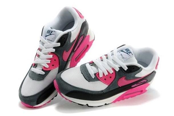Nike Air Max Bayan Ürünlerindeki Çeşitlilik Şaşırtıyor