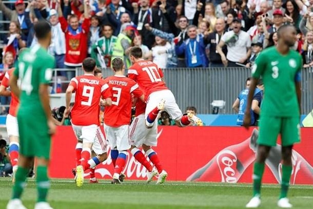 Milliyet yazarı TRT yetkililerine sordu: FIFA'nın istemediği görüntüler ne oluyor?