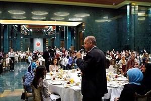 Öğrenci ile Erdoğan arasında 'basın özgürlüğü' tartışması