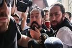 Adnan Oktar operasyonu Emniyet'e sıçradı: İki polise gözaltı!