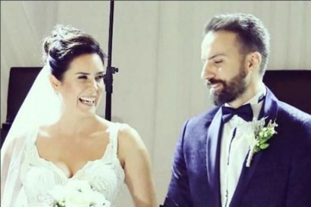 Oyuncu çift evlendi! Düğüne ünlü yağdı!