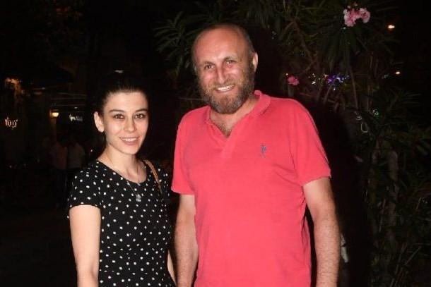 Ünlü oyuncu, Mustafa Ceceli'ye ateş püskürdü!