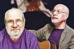 Ahmet Hakan iki ünlü sanatçıya sahip çıktı: 'Satılmış, yalaka' diye hakaret edenler...