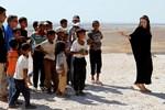 Angelina Jolie yeniden evlat edinmek istiyor: Suriye'de karar kıldı!