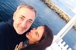 Arzum Onan'dan romantik paylaşım! 22. yıldönümlerini böyle kutladı!