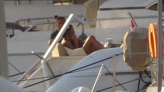 Teknede gerginlik! Birbirlerinin yüzüne bile bakamadılar!