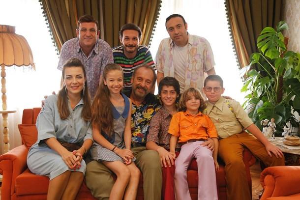 Show TV'nin yeni dizisi 'Keşke Hiç Büyümeseydik'ten ilk tanıtım! (Medyaradar/Özel)