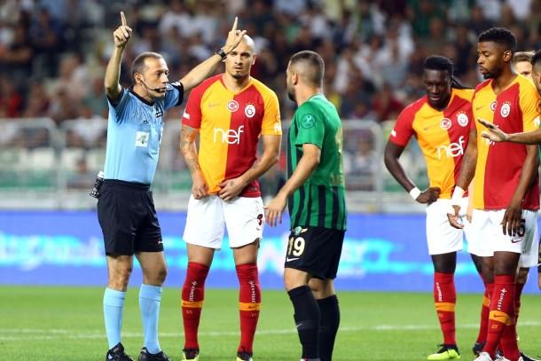 Galatasaray-Akhisarspor maçı zirvede! İkincilik yarışı nasıl bitti?