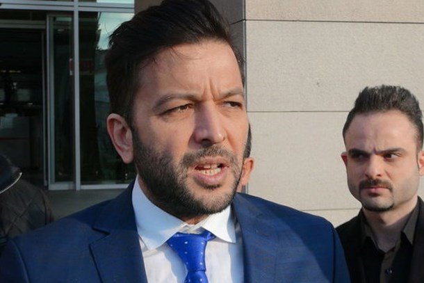 Nihat Doğan, gazetecileri tehdit etti: Ağlatmazsam ben de adam değilim!