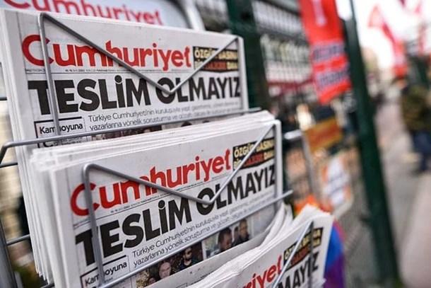 Cumhuriyet Gazetesi'nde kimler yazsın? Salih Tuna 3 isim önerdi...