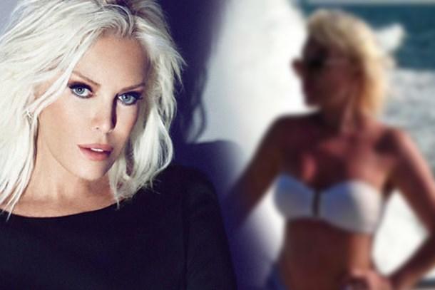 72'lik Ajda Pekkan'dan bikinili poz! Genç kızlara taş çıkardı!