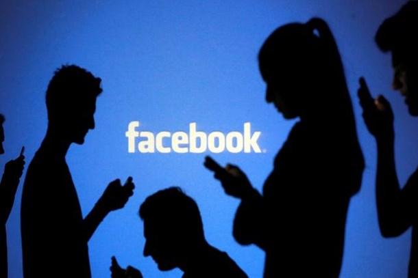 Facebook'ta büyük kriz! İstifa ettiler!