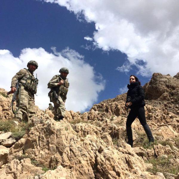 Çukur Dizisi Yeni 2 Sezon Ne Zaman Başlıyor Tarihi Belli: Nazlı Çelik Komandolarla Kato Dağı'na Operasyona çıktı